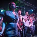 The Brass Ass, «Bailar y pasarselo bien»